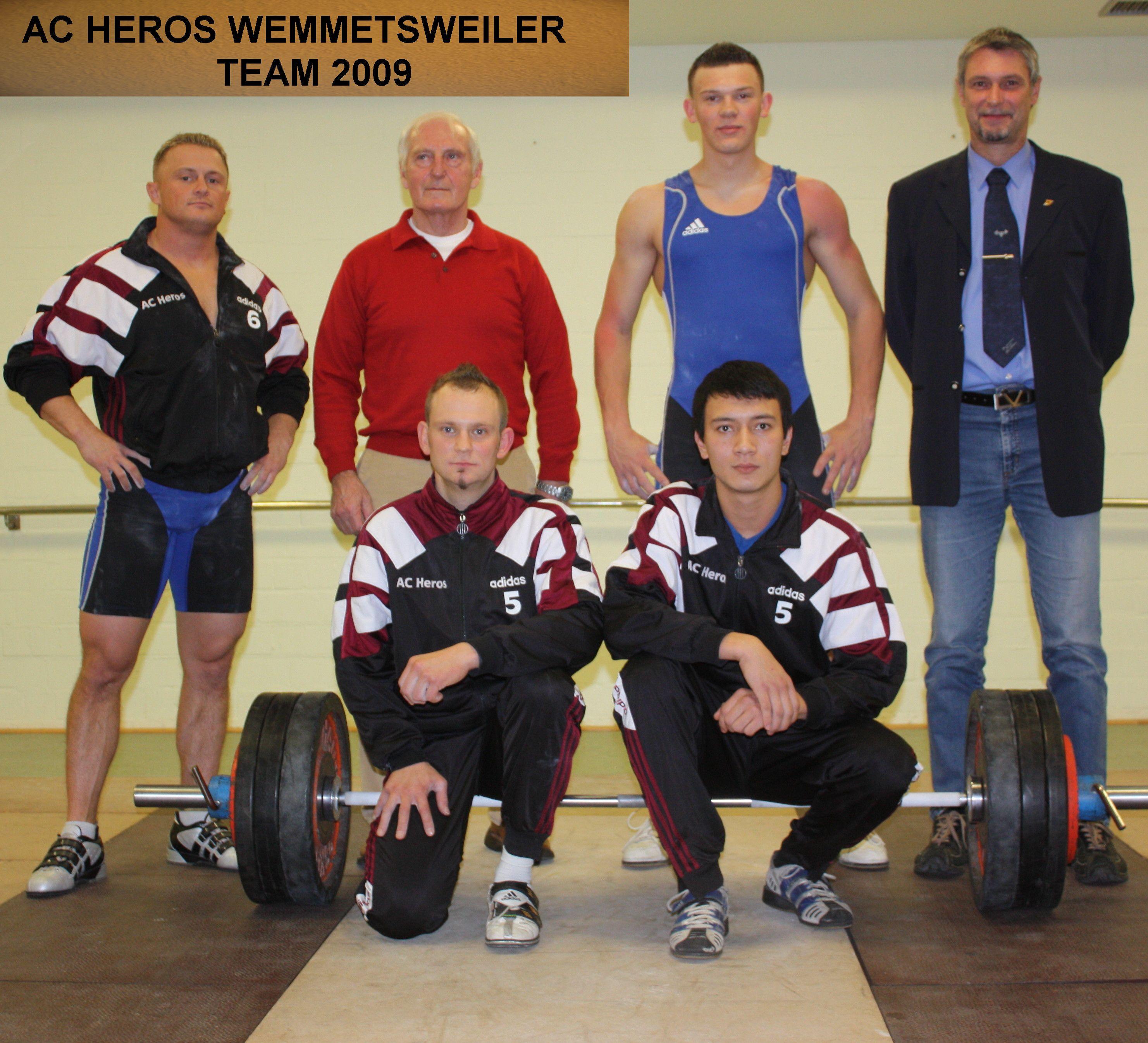 FOTO 1  Team 2009
